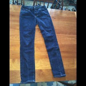 Skinny high waisted jeans